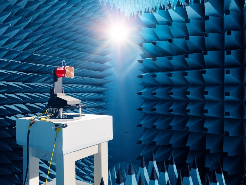 Surrey Satellite Technology, anechoic chamber. Guildford, GB.